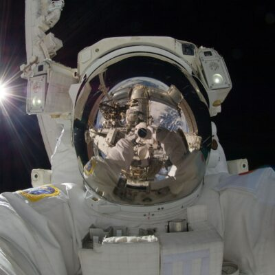 astronaut-astronomy-exploration-33684